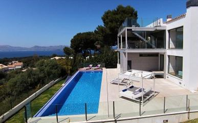 Modern sea view villa for sale in Bon Aire, Mallorca