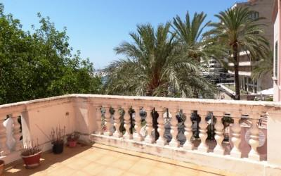 Palma de Mallorca: Stunning duplex apartment situated on the seafront in Palma, paseo maritimo.