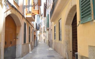 Luxury apartment for sale just 100m from the cathedral of Palma, Mallorca