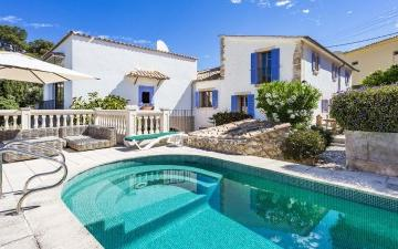 Attractive villa with lots of character completely renovated in Bonanova, Mallorca