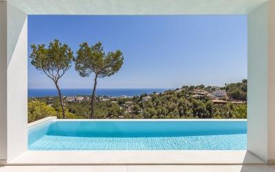 Villa for sale in Costa de'n Blanes, Mallorca