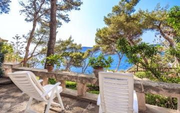 Charming hideaway with beautiful sea views for sale in Nova Santa Ponsa, Mallorca