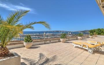 Apartment with spectacular views over Puerto Portals and the Bay of Palma