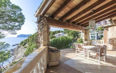 Villa with indoor pool and direct access to the sea for sale in Costa de la Calma, Mallorca