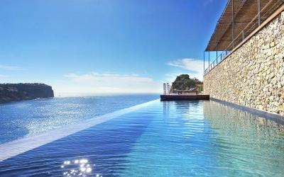 Spectacular villa with infinity pool in Cala Moragues, Mallorca