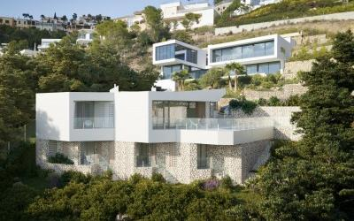 Newly built villa with sea view for sale in Costa d´en Blanes, Mallorca