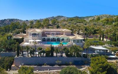 Impressive villa with private pool and stunning views for sale in Port Andratx, Mallorca