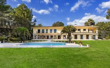 Luxurious, Mediterranean villa for sale in Son Vida, Palma, Mallorca