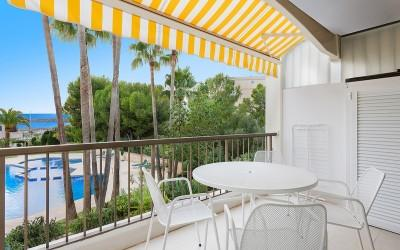 Beautiful 2 bedroom apartment with partial sea views at the harbour Puerto Portals, Mallorca