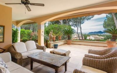 Generous hacienda style villa with beautiful sea view in Santa Ponsa, Mallorca