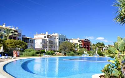 Sunny penthouse for sale in Bendinat, Mallorca