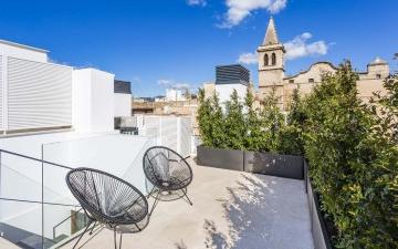 Luxurious penthouse with designer finishes for sale in Central Palma, Mallorca