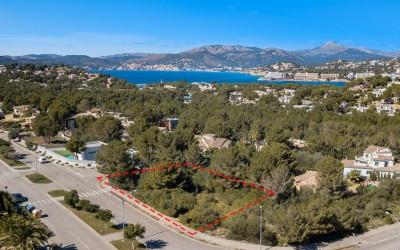 Large plot in popular residential area for sale in Santa Ponsa, Mallorca