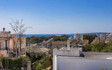 Modern, spacious townhouse in Bonanova for sale in Palma, Mallorca