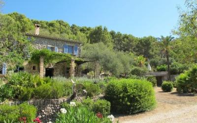 Idyllic finca for sale in the Sierra de Tramontana - S''Arraco
