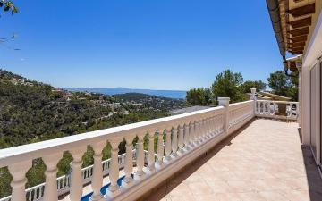 Wonderful sea view villa for sale in Costa d´en Blanes, Mallorca