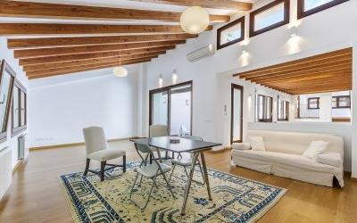 Fantastic duplex penthouse for sale in the heart of the old area of Palma, Mallorca
