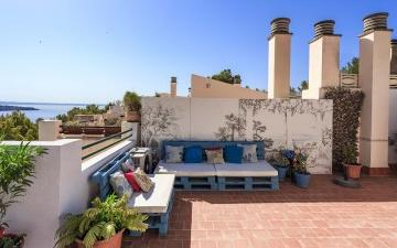Renovated townhouse in a sought after area San Agustin, Mallorca