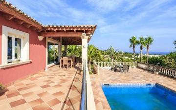 Delightful sea view villa for sale in Costa d´en Blanes, Mallorca