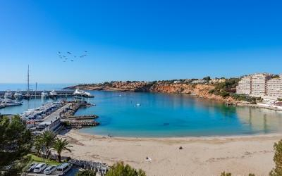 Frontline apartment with wonderful views for sale in El Toro, Mallorca