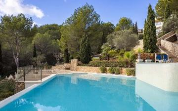 Four bedroom garden apartment with communal pool for sale in Sol de Mallorca, Mallorca