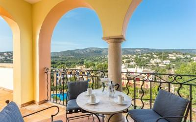 Seaview penthouse for sale in Bendinat, Mallorca
