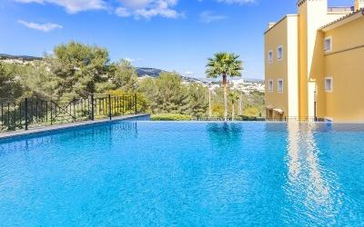 First floor apartment for sale near the beach in Bendinat, Mallorca