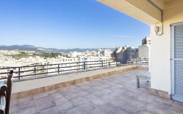 Penthouse apartment with city views for sale in Palma, Mallorca