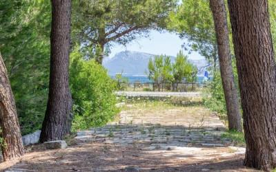Residential plot for sale by the sea in Alcudia