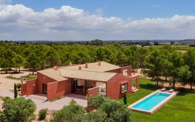 Newly built finca with pool for sale close to Santa Maria, Mallorca