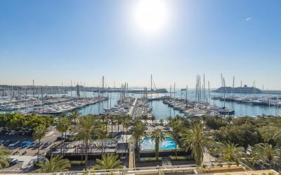 Exclusive sea view apartment for sale in Palma, Mallorca