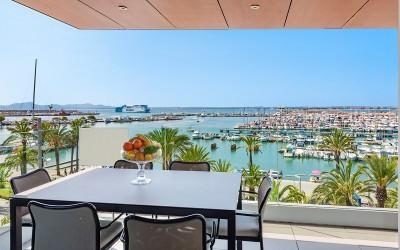 Top quality seafront apartment for sale in Puerto Alcudia, Mallorca