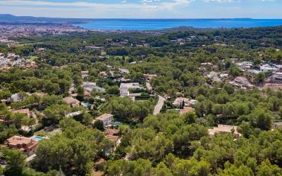 Large plot with license for sale in the exclusive area of Son Vida, Mallorca