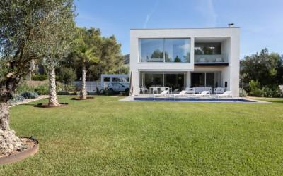 4 bedroom Contemporary project for a luxury villa for sale, Mallorca North