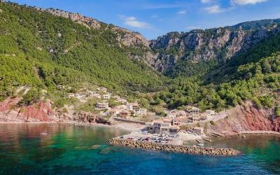 Excellent frontline building plot for sale in Valldemossa, Mallorca