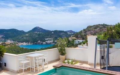 Deluxe penthouse with pool and sea view for sale in Puerto Andratx, Mallorca