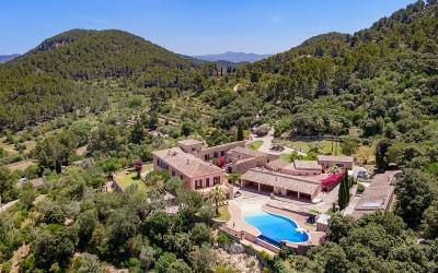 Magnificent country estate for sale in Esporles, Mallorca