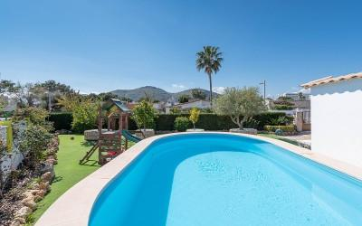 Lovely villa within walking distance of the beach in Puerto Alcudia, Mallorca