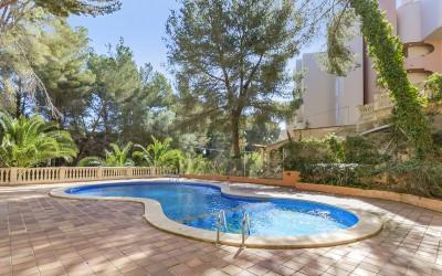 Delightful apartment for sale, close to the beach in Cala Vinyes, Mallorca