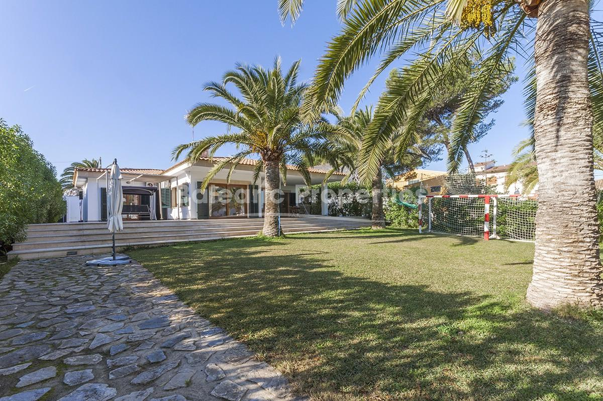 Modern villa for sale in Barcares, Alcúdia, Mallorca